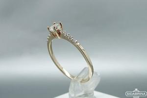 Auksinis žiedas - ZDA009