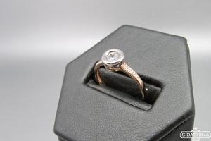 Auksinis žiedas - ZDA023
