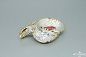 Pakabukas su rožiniais safyrais - PAM726
