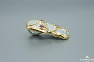 Pakabukas su rubinais - PAM388