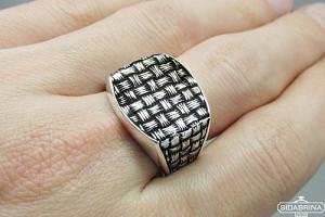 Sidabrinis žiedas - ZDV218