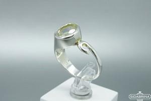 Žiedas su kalnų krištolu - ZDM1407