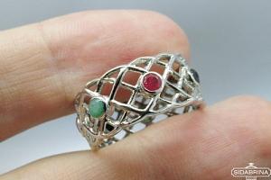 Žiedas su natūraliais akmenimis - ZDM919