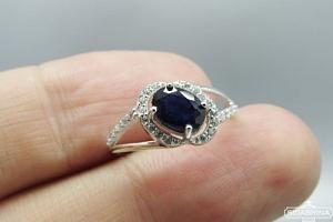 Žiedas su natūraliu akmenimi - ZDM842