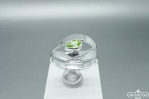 Žiedas su peridotu - ZDM1171
