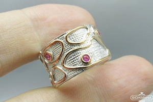 Žiedas su rožiniais safyrais - ZDM1009