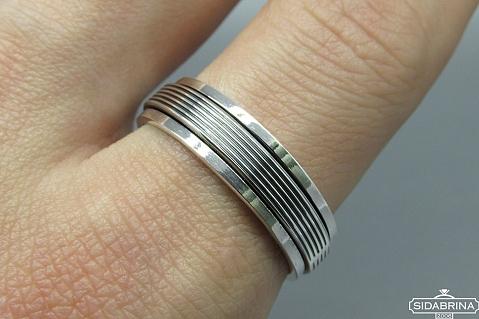 Sidabrinis žiedas - ZDV097