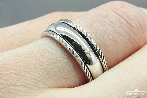 Sidabrinis žiedas - ZDV103