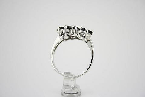 Žiedas su granatais - ZDM099