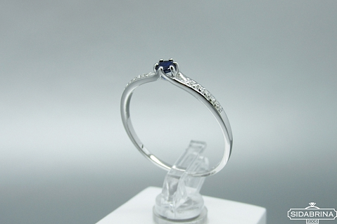Žiedas su korundu - ZDM1350