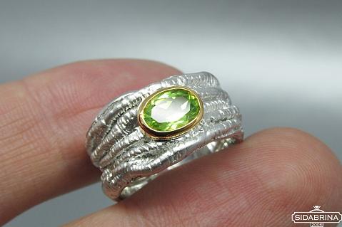 Žiedas su peridotu - ZDM633