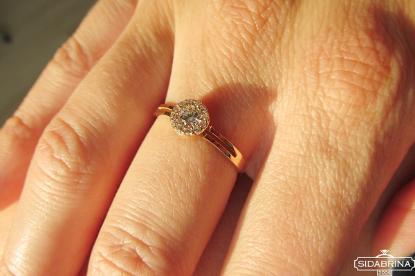 Auksinis žiedas - ZDA024