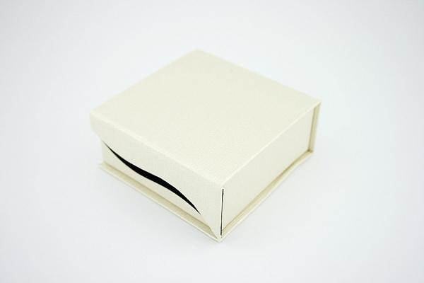 Dėžutė papuošalams - IP007