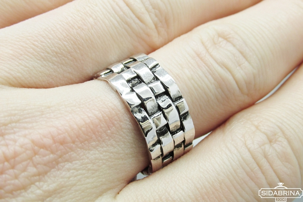 Sidabrinis žiedas - ZDV185