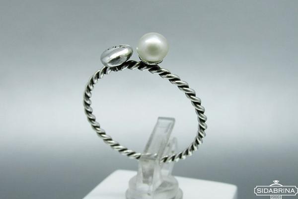 Sidabrinis žiedas - ZDM1529