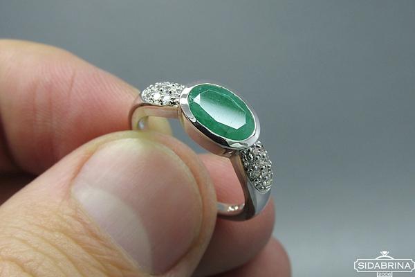 Žiedas su natūraliu akmenimi - ZDM499
