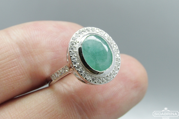 Žiedas su natūraliu akmenimi - ZDM790