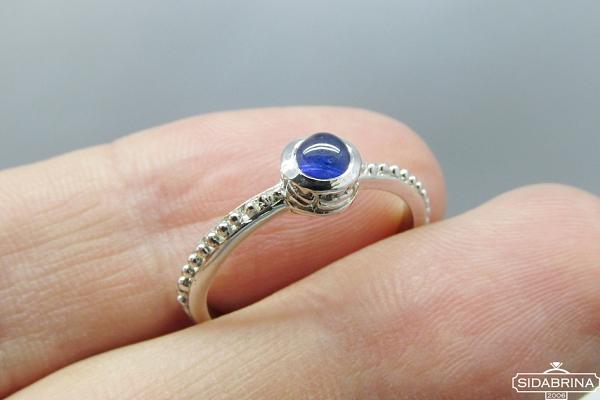 Žiedas su natūraliu akmenimi - ZDM885