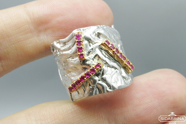 Žiedas su rubinais - ZDM985